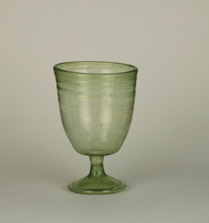 52e Frankish glass goblet 5-7th century