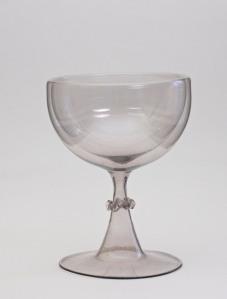 89E Facon de Venise trick glass C. 1650