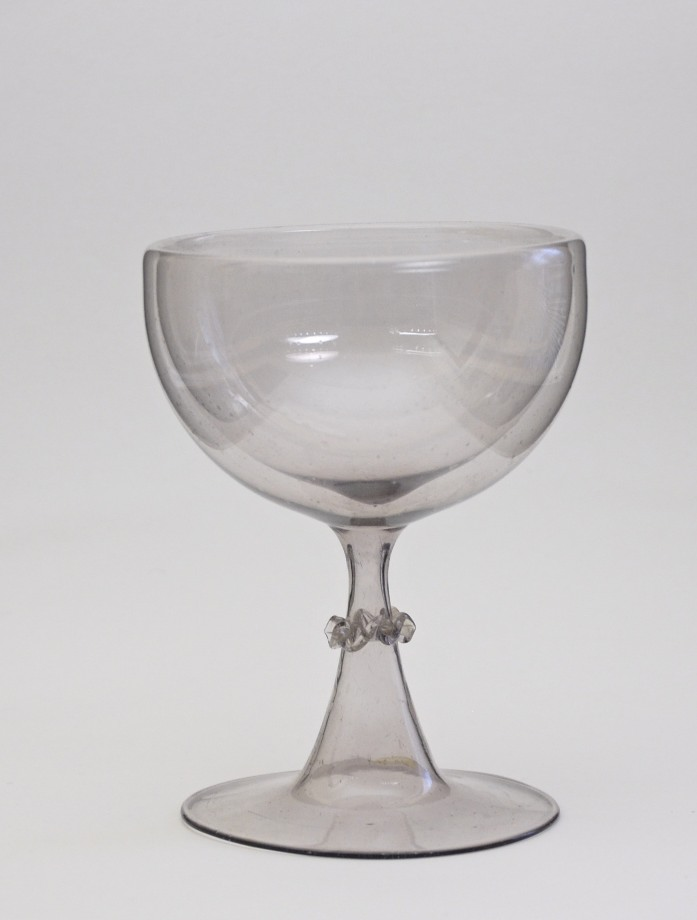 89E Facon de Venise trick glass C. 1650