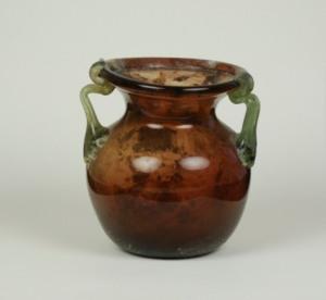 16R Roman aubergine Jar 4-5th