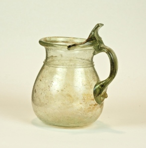 62R Cup with thumb rest 3-4th Century