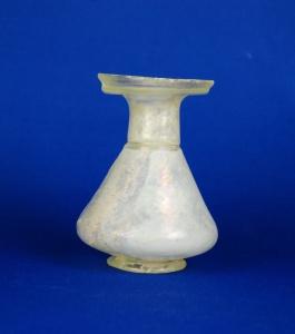 64R pear shaped Roman dropper flask