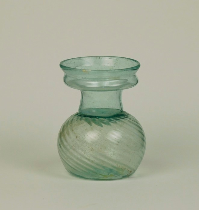 28R Swirled Roman Glass Sprinkler Flask 4th century
