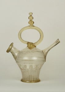 44E Large loop handle with finial on Spanish glass cantir 18th C