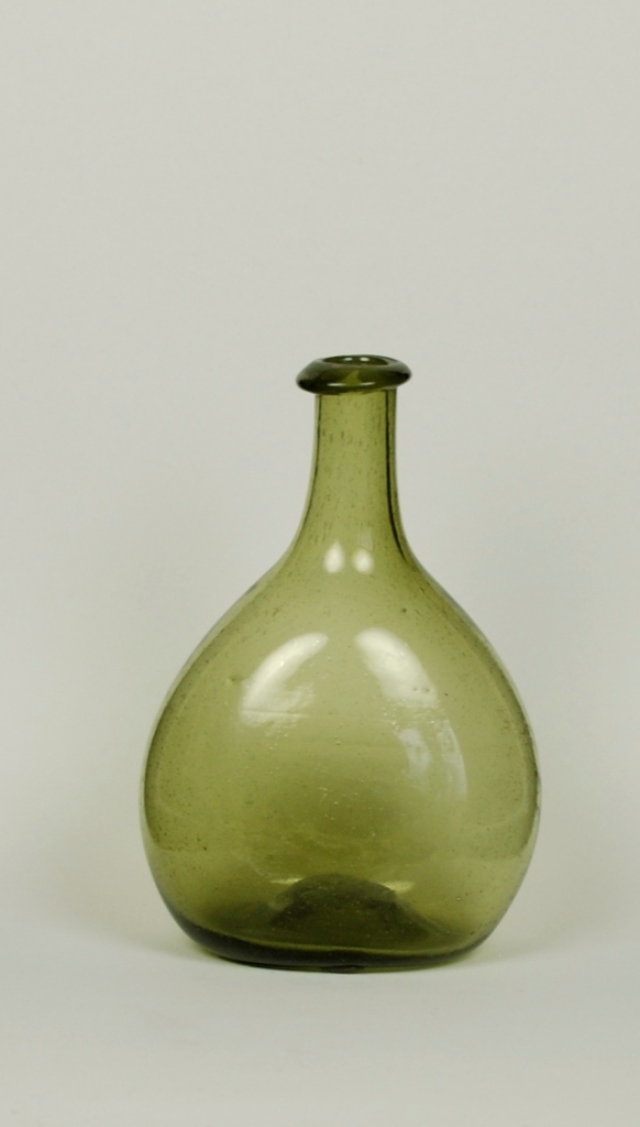 25A Chestnut Bottle H: 5 ½ inches
