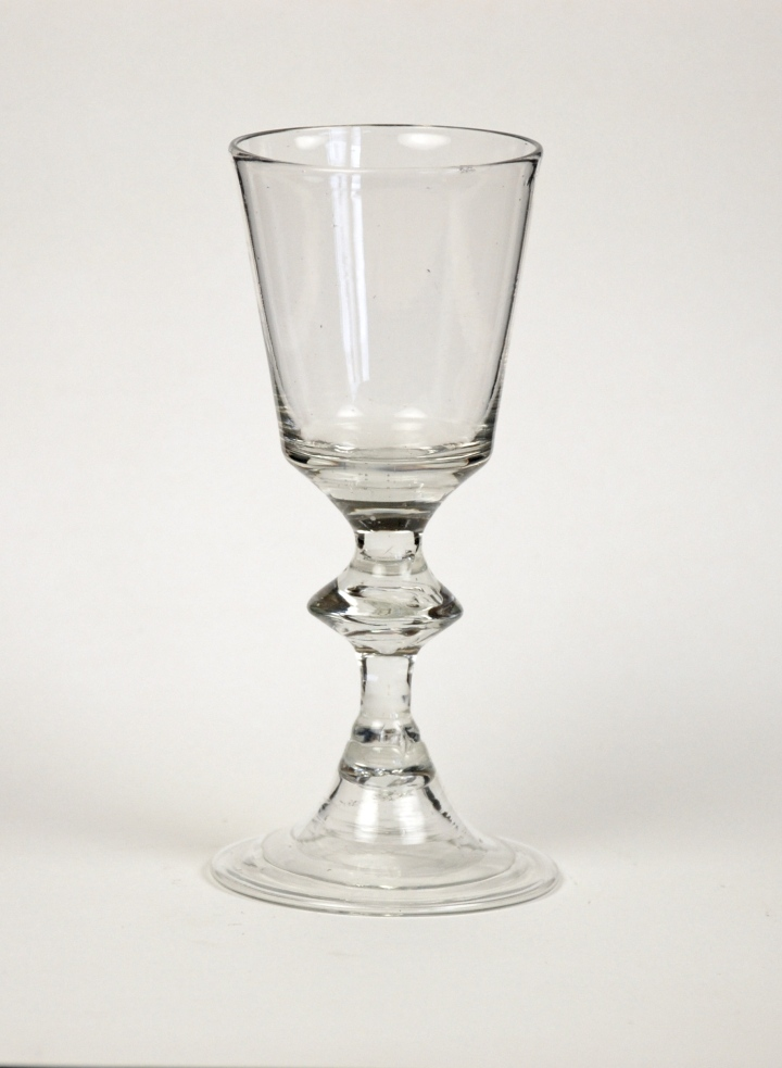 10E French Wine Glass