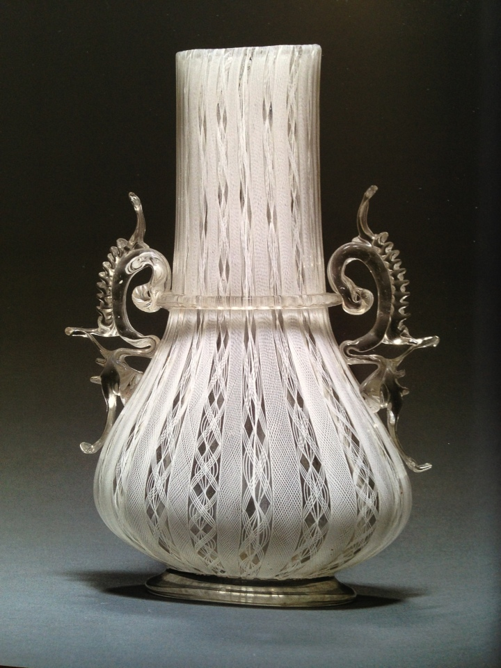 107E Venetian Filigrana Vase
