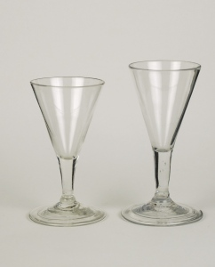 64E Pair of early English or American gin glasses 18th Century