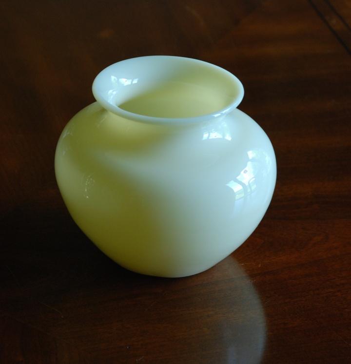 78A Steuben ivory jade colored glass vase