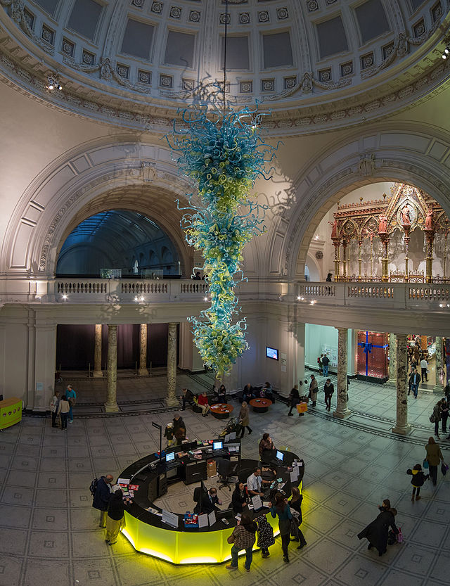V&A Museum's Foyer with a Dale Chihuly glass sculpture in the center