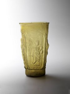 MYTHOLOGICAL ROMAN BEAKER