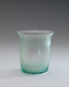 ROMAN BEAKER WITH ENGRAVED LINES