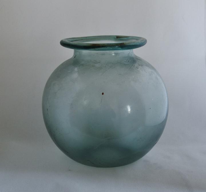 LARGE JAR OR URN