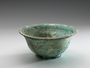 BOWL WITH HORIZONTAL RIM