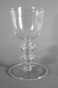 FAÇON DE VENISE WINE GLASS Origen: Southern Netherlands around 1650