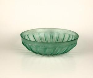 67R Roman ribbed glass bowl 1BC-1AD