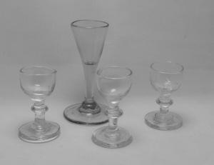 FOUR MINIATURE GLASSES 18th C