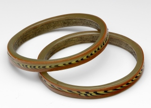 Set of two Roman glass bracelets