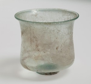 roman-drinking-glass-from-the-rhineland